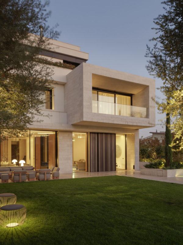 amman villa, villa in jordan, jordanian villa, dynamic interiors. outside view with pool